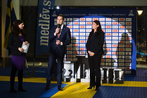 FRån onsdagens invigning: Stockholms idrottsborgarråd Emilia Berggren, Ordförande Svenska simförbundet Ulla Gustavsson och och idrottsminister Gabriel Wikström