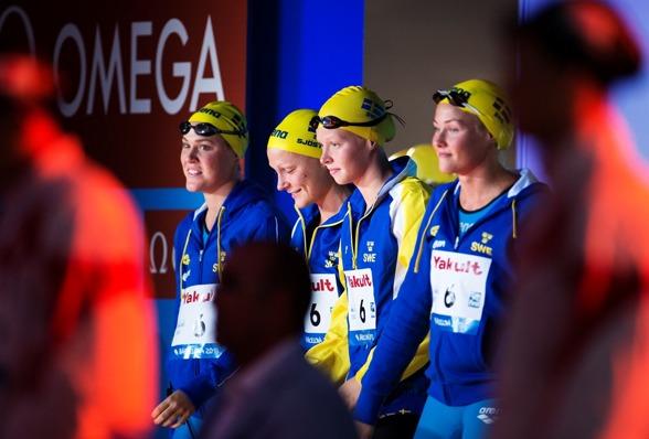 Svenska lagkappslaget bjöd upp till dans på 4x100m fritt. Hade medalj till 360 meter.