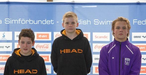 Fjolårets tre främsta killar på 3m får under dagen konkurrens av ytterligare fem medaljsugna killar. Foto: Chris Rye