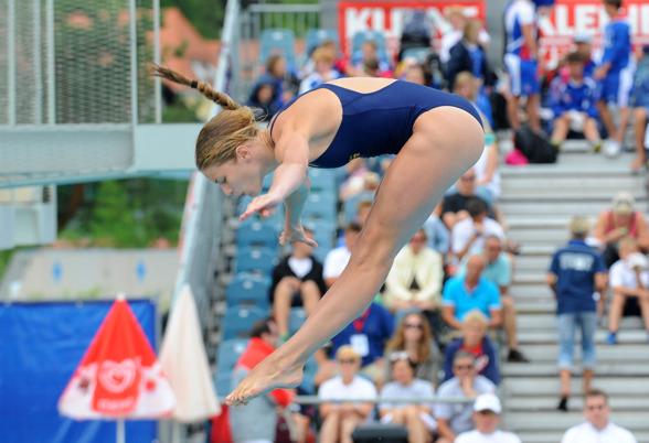 Veronika Lindahl som nyligen kvalificerat sig ungdoms-OS gör upp om medaljer i Dresden