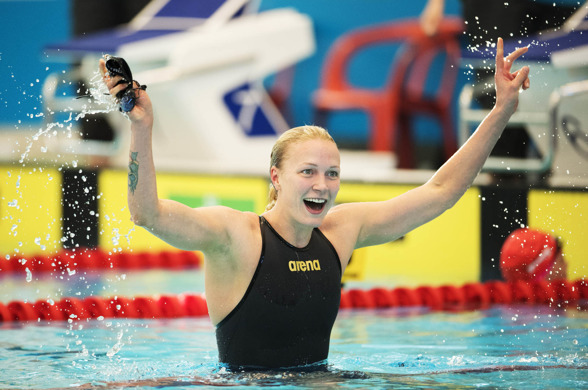 Såååå nära världsrekordet - på 100m fjärilsim - för Sarah SJöström på 100m fjärilsim.