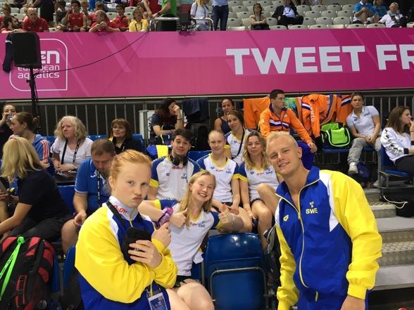 Det svenska laget är redo för tävlingar. I dag representeras Sverige av Daniella Nero och Vinko Paradzik som tävlar mixed synchro på 3m, Daniella Nero som tävlar individuellt på 1m samt Frida Källgren som även hon tävlar individuellt på 1m.