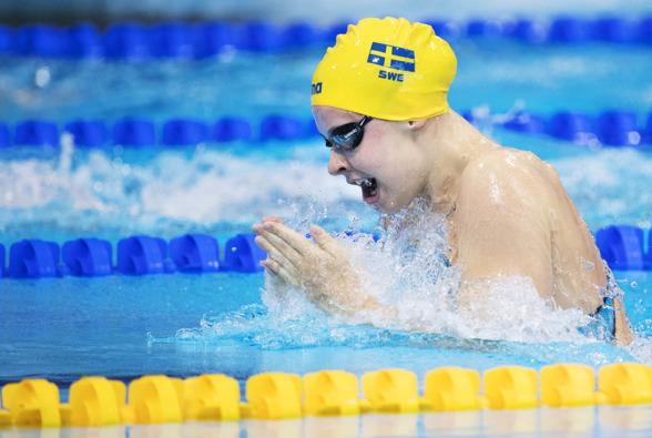 Sophie Hansson vidare till semifinalen på 100m bröstsim damer