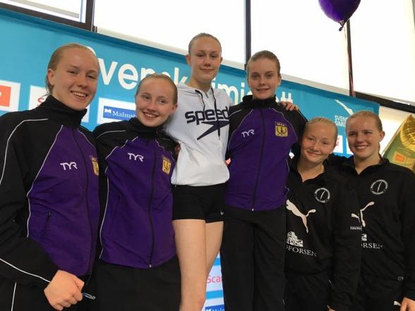 Malmö KK plockar SM-poäng till klubbtävlingen för fullt. Här i form av synchromedaljer för damer 3m.