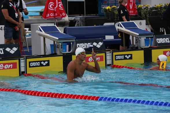 Christoffer Carlsen vann klart 100m fritt