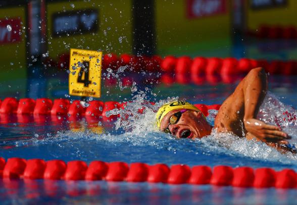 Adam Paulsson med en överlägsen seger på 400m fritt