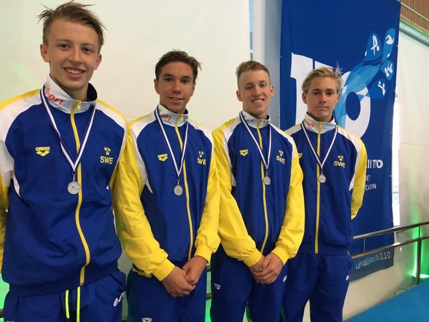 Sverige 2.a 3.57.67 Melker Olsson 1.00.76 Pontus Jonsson 1.07.69 Robin Hanson 56.82 Johan Rydahl 52.40