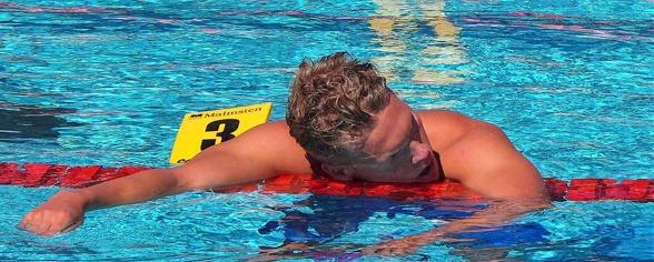 Så här trött var Adam Paulsson efter 200m fritt - som han vann idag.
