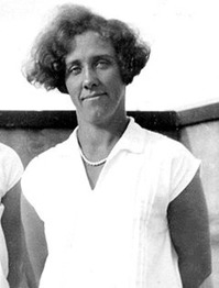 Hjördis Töpel - OS final på 200m bröstsim - bland annat.