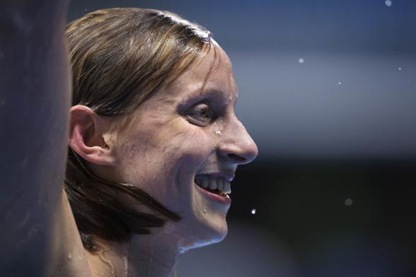Segrarinnan på 800m fritt Katie Ledecky
