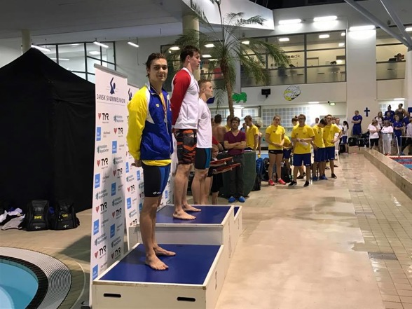 Jesper silver på 200m fritt
