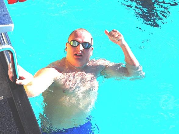 Kalle Forsman vann P-klassen 100m bröstsim.