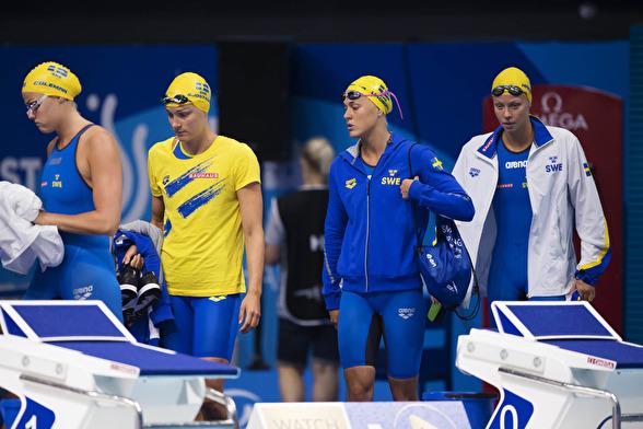Svenska laget - fyra till finalen på 4x100m fritt