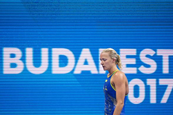 Sarah Sjöström leder 100m fjärilsim efter försöken