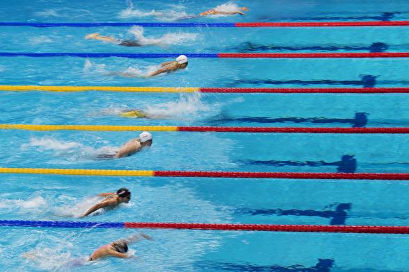 4 simmare från Asien och 4 simmare från Europa i finalen på 200m fjäril damer i morgon.