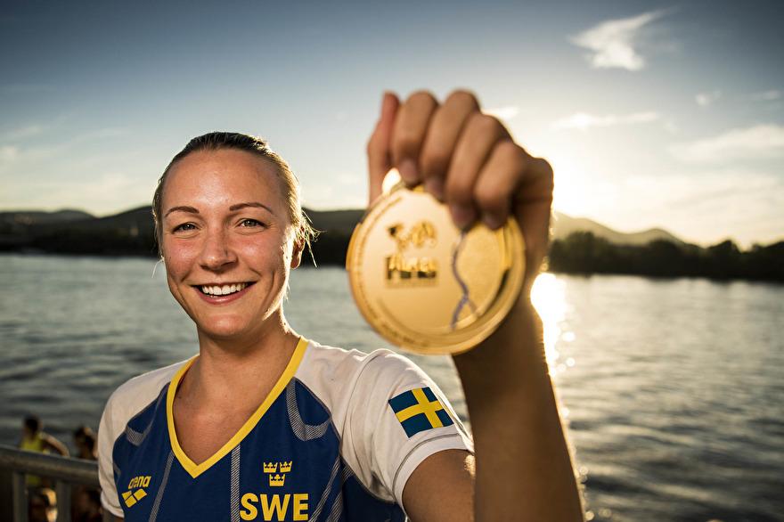 Andra VM-gulder för Sarah SJöström idag. Detta plus ett världsrekord på 50m fritt.
