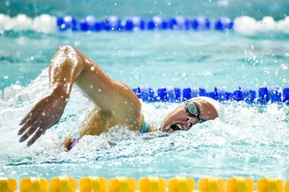 Frida Berggren under sista 50ian på 400m medley