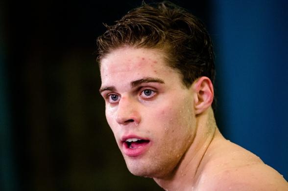 Gustav Hökfelt bra simningar på 100m ryggsim med bl.a svensk rekord i försöken på 100m ryggsim