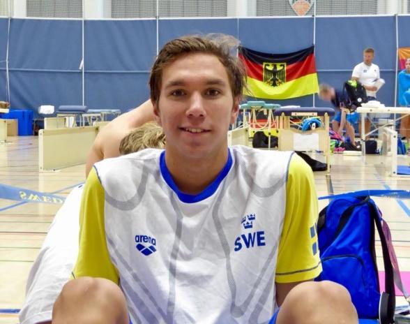 Robin Hanson till semifinalen på 100m fritt i dagens försökstävlingar