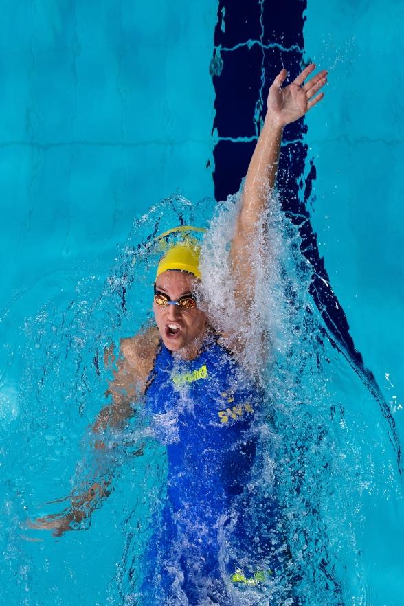 Ida Lindborg till semifinalen på 50m ryggsim