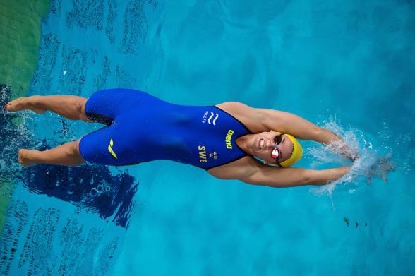 Ida Lindborg till semifinalen på 50m ryggsim i morse