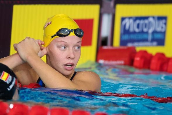 Louise Hansson simmade 100m fritt idag