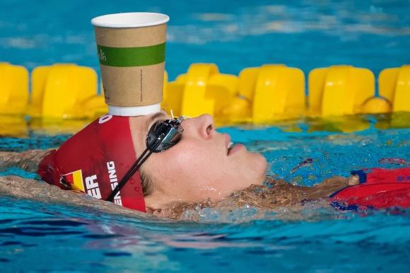 A nice cup of tea. Jenny Mensimning håller tekniken på insimningen.