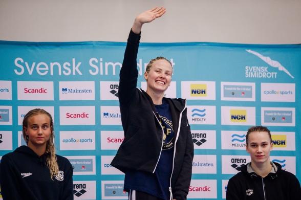Michelle Coleman slog svenskt rekord på 100m ryggsim idag