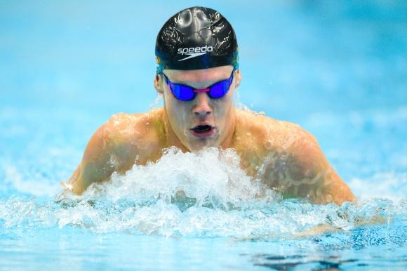 Adam Paulsson överlägsen segrare på 400m medley