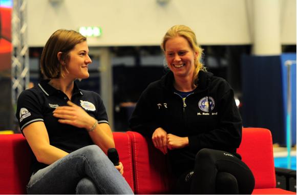 Försnack med Stina Gardell och Maja Reichard