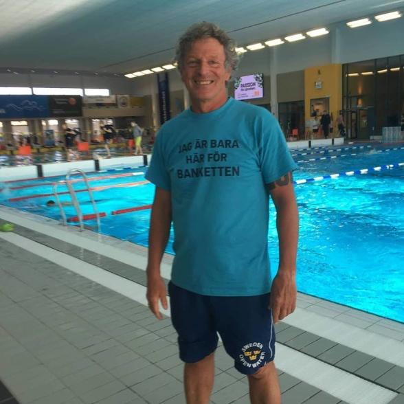 Gäller att ha rätt T-shirt eller hur Glen Christiansen?
