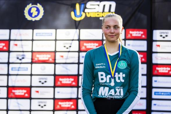 Edit Jernstedt, silver och personligt rekord på 100m fjärilsim