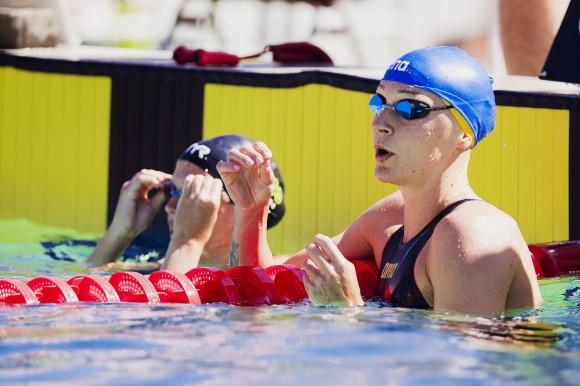 Sarah Sjöström inte helt oväntat snabbast i försöken på 50m fritt.