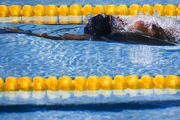 Simon Sjödin simmar final på 50m ryggsim i kväll!
