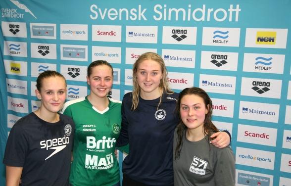 Prispallen på 200m medley damer juniorer