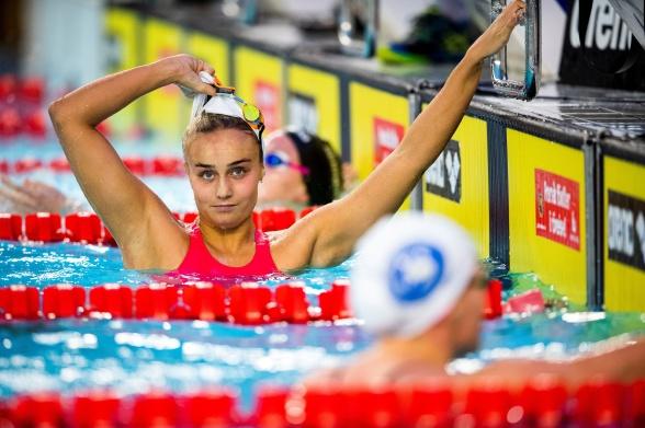 Hanna Rosvall slog juniorrekord på 200m ryggsim ikväll