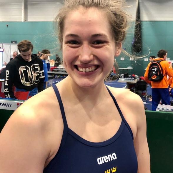 Ida Liljeqvist vidare till semin på 50m fjärilsim med nytt personligt rekord