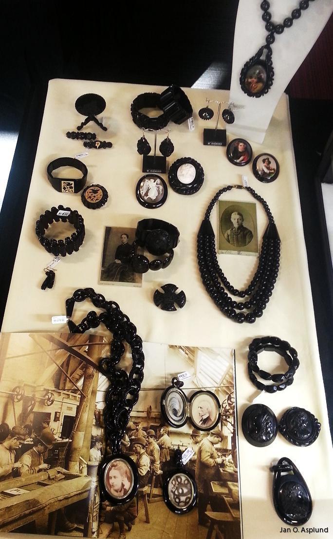 svart smyckesten gagat