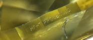 Gravyr i rondist på HPHT behandlad gul diamant.