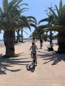 Cykeltur längst strandpromenaden