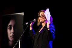 Anneli Egestam som moderator på Fadimegalan i Göteborg