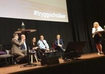Panelsamtal med Jonas Trolle, Magnus Ranstorp, Britt-Marie Pettersson, Stefan Sintéus och Mikael Damberg.