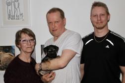 Ludde med matte Lisbeth, husse Juha och lillhusse Andreas