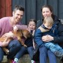 """Familjen Karin Persson med """" Douglas"""" Mr Svart"""