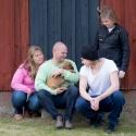 "Familjen Ulf persson med ""Atlas"" Mr Cerise"