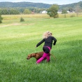 Zelda leker med Ella