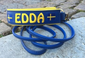 Edda- Blått skinn med gul text, gul baksida. Halsbandets bredd 4-5 cm. Välj variant, storlek & symbol i meny:n