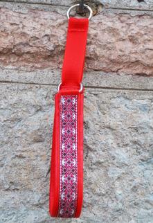 Alviskt röd-silver