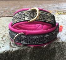 Cerise skinn / Stilfullt Alviskt band med Guld detaljer - Totalbredd 3 cm