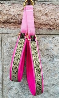 Ceriserosa  skinn / Ornament i guld & svart - Totalbredd 3 cm